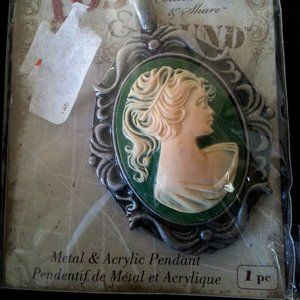 Blue Moon Beads Lost & Found CAMEO Pendant *NEW*